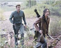 LIAM HEMSWORTH SIGNED 8X10 PHOTO AUTHENTIC AUTOGRAPH THE HUNGER GAMES COA B
