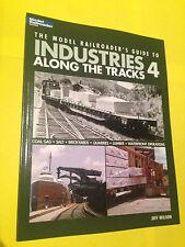 Neu Fachbuch Industries along the tracks Vol.4 im Softcover (Farbbildmaterial)