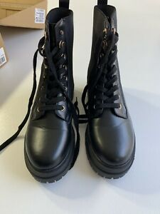 V By Very Foster Lace Up Boots Black Size 7