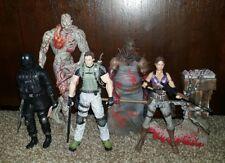 Neca Resident Evil Chris Redfield Sheva Alomar Tyrant Magini Vector Biohazard