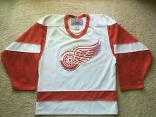 VINTAGE AUTHENTIC CCM DETROIT RED WINGS SEWN JERSEY NHL hockey vtg yzerman