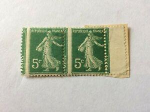 France N°137 2 timbres semeuse 5c avec défaut de piquage Neuf ** LUXE