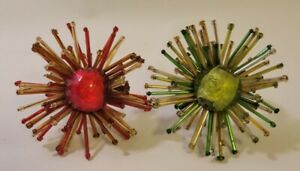 Atomic Starburst Napkin Rings 1 Green 1 Red Beads Stone Center