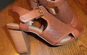Size 6 Medium Rialto Manhattan (Women's) Brown Cognac Block Heel Sandals