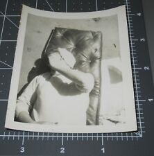 VINTAGE PHOTO FUNNY ODD WOMAN HIDES FACE BEHIND HAND BEACH CHAIR HAT Snapshot #3