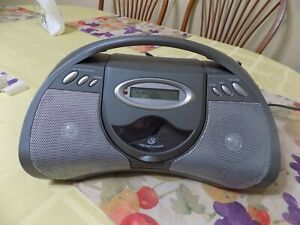 GPX BCD2306CD Boombox  CD Player/FM Stereo Radio, AC/DC Power.