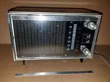 Vintage Zenith Solid State Multiband Radio