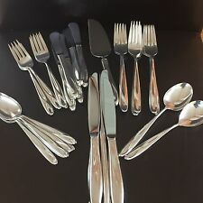 REED & BARTON  STERLING SILVER SCULPTURE FLATWARE -- 29 PIECE ASSORTED LOT
