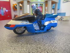 VINTAGE BANDAI MASKED RIDER DIE CAST MOTORCYCLE AND ACTION FIGURE VERY COOL