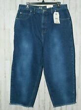 NWT Faded Glory Women's Plus size 16W Fray Capri Denim Jeans (4586