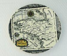 assiette GIEN illustrée carte de La Bretagne
