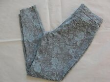 NWT Hue Women Floral Metallic Super Smooth Denim Skimmer Leggings Sz M Aqua Sky