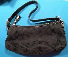 Signature Demi Black Coach Bag No. E04m-6371