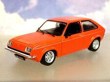 BUEN ESTADO part-work de metal 1/43 Opel Chevette 1975-1984 EN ROJO Ampolla