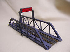 LifeLike Pony Truss Bridge for HO Gauge Model RR w/Red Flashing Overhead Light