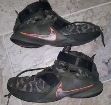 Nike LeBron Soldier IX 9 Premium Basketball Shoes Men's Size US14 Olive Green
