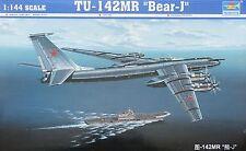 """TRUMPETER® 03905 Tu-142MR """"Bear-J"""" in 1:144"""