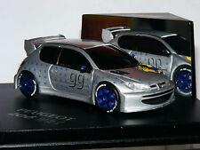 Skid SKM99001 PEUGEOT 206 WRC 1998 presentazione AUTO LTD ED 1/43