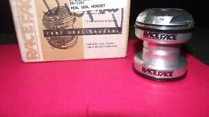 RACE FACE REAL SEAL HEADSET THREADED LOCKING SILVER