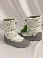 Crocs Women's Lodge point Pull-on Boot, Oyster, Size 6 Relaxed Fit Eur 36-37