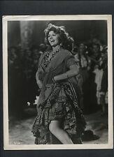 SEXY RITA HAYWORTH DANCES - 1948 THE LOVES OF CARMEN