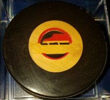 1973-83 NHL Viceroy Game Puck Rubberized Logos CANADA VANCOUVER CANUCKS skate
