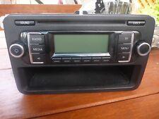 Radio  Volkswagen VW Passat Touran Golf Caddy RCD210 MP3 1K0035156A