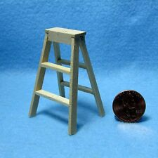 Dollhouse Miniature Small Wooden Step Ladder ~ T8443