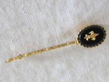 F10 Estate Vintage FLEUR DE LIS BROOCH PIN Black Glass Gold Tone