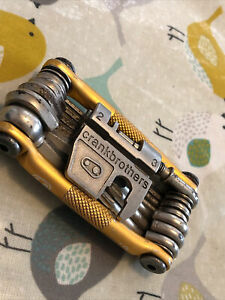 Crank Brothers M19 Multi-tool Gold (used in good condition)