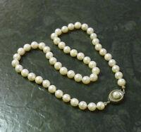 Einreihige Perlenkette J. Köhle Collier Perlen 835er Silber Schließe 46,7 cm