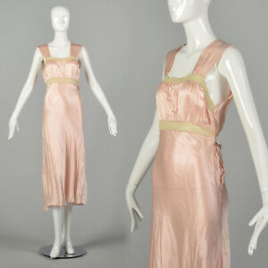 Small 1930s Pink Nightgown Vintage Old Hollywood Glamour Lingerie Boudoir VTG 30