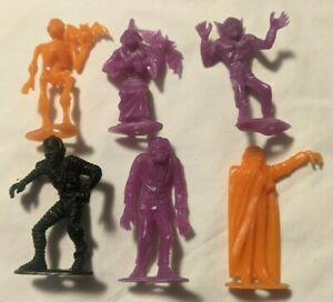"Vintage 1960s MPC Rare Plastic Halloween Monster Figures Lot of 6 - 2.5"""