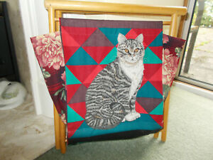 Vintage Knitting / Sewing / Magazine Folding Bag/Basket With Cats as Design