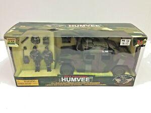 Power Team Elite World Peacekeepers HUMVEE 1:18 Scale Vehicle with Figures