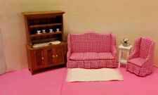 Dollhouse Miniature Pink Checked 4 pc Living Room set with rug, plant & dishes
