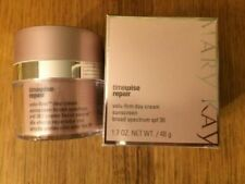 Mary Kay TimeWise Repair Volu-Firm Day
