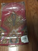 S/4 Williams Sonoma Harvest Paisley Napkins Red Christmas NIP
