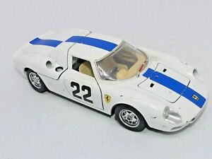 Ferrari 250 lm monza 1966 1/24 die cast métal bburago collection, Opening Doors