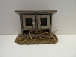 Dolls House Garden Animal Miniature 1:12th Scale Rabbit Hutch with Opening Doors
