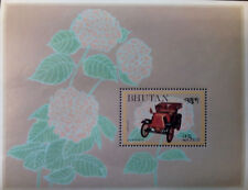L) 1984 BHUTAN, AUTOMOBILE, OLD CAR, RENAULT, RED, FLOWER, MNH