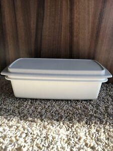 vintage rectangular tupperware box white with gray lid