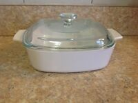 Corning Ware White Casserole Dish  - A-1 -B  1 liter w/ Pyrex A7C Lid Star