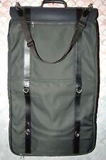 LOUIS VUITTON Taiga Portable Gibeciere Garment Bag M30692, 3 Hangers,  New W/T