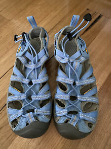 Keen Sandals Size 6/36 Outdoor Hike Shoes