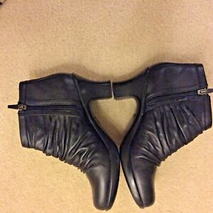 Dansko Women's Black Leather Ankle Boots