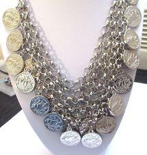 collier bijou couleur argent brillant tout de pièces plastron sur le cou 63