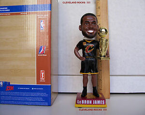 2016 LEBRON JAMES 2015-16 NBA CHAMPIONSHIP TROPHY BOBBLEHEAD CLEVELAND CAVALIERS