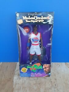 Vintage 1996 Space Jam Micheal Jordan Figurine//SPACE JAM - MICHAEL JORDAN - 23
