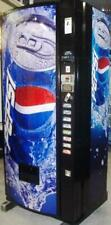 SODA CAN-VENDING MACHINE-Dixie Narco440- -very clean-PEPSI=COKE